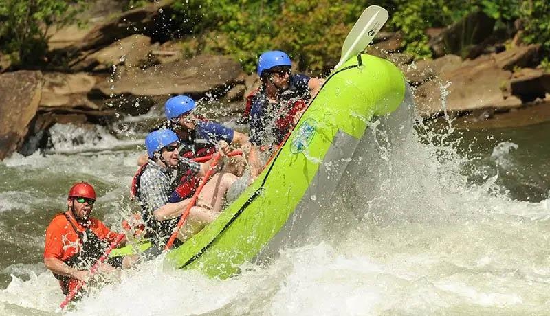 advanced whitewater rafting trip